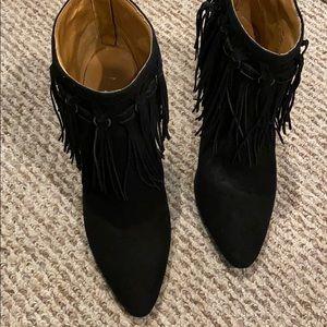 GENTLY WORN Nine West Black Fringe Booties